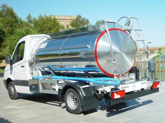 Milk collection vaccum pump (4)