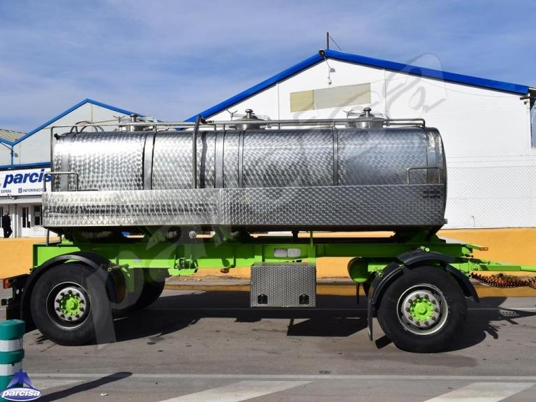 Cisterna Capacidad: 10.000 litros, Nº Compartimentos: 3, Año Fabricación: 1988, Matrícula: R-3292-BBM
