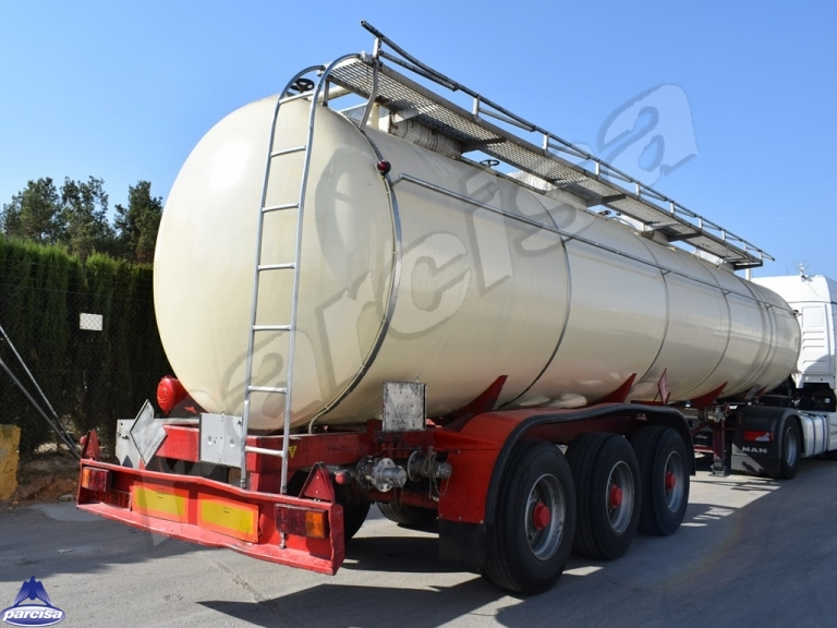 Tank  Capacity 32.888 litres, Compartments Nº: 4, Year of Manufacture: 1987, Plate Nº: CS-01381-R.