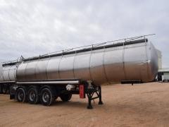 Cisterna Capacidad: 26.000 litros, Nº Compartimentos: 4, Año Fabricación: 1986, Matrícula: PO-00659-R