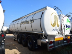 Tank  Capacity 29.000 litres, Compartments Nº: 4, Year of Manufacture: 2004, Plate Nº: R-6581-BBR