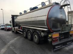 Cisterna Capacidad: 30.000 litros, Nº Compartimentos: 4, Año Fabricación: 2011, Matrícula: R-9341-BCL
