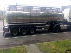 Cisterna Capacidad: 29.000 litros, Nº Compartimentos: 4, Año Fabricación: 2001, Matrícula: R-7669-BBH