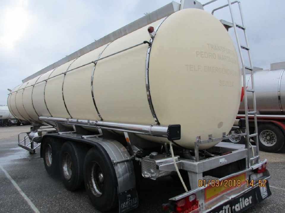 Tank  Capacity 34.240 litres, Compartments Nº: 1, Year of Manufacture: 1995, Plate Nº: SE-06322-R