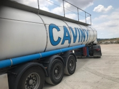 Tank  Capacity 32.500 litres, Compartments Nº: 1, Year of Manufacture: 2001, Plate Nº: R-7890-BBG